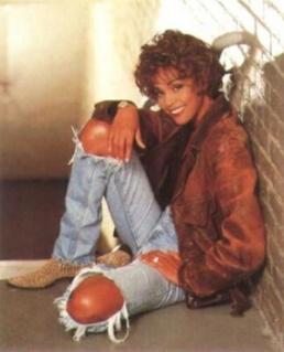 300px-Whitney_Houston3