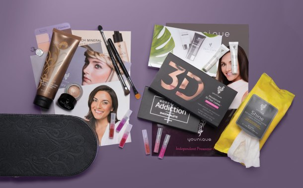 Youniquie's New Presener Kit.  Do you want to sell makeup exclusively online?